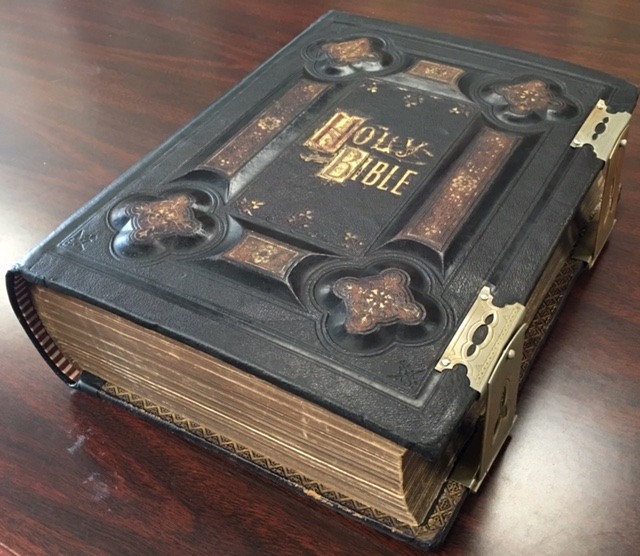 Image for The Holy Bible with a Devotional and Practical Commentary (Large Family Bible - Jacobs Family of Wellsburg, WV,  Records from 1879 through 1960)