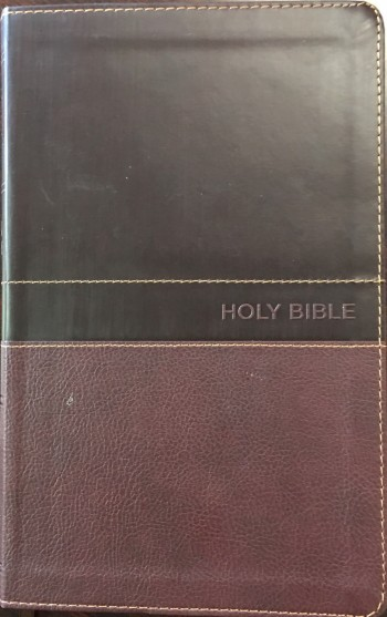 Image for NKJV, Deluxe Gift Bible, Leathersoft, Tan, Red Letter Edition, Comfort Print: Holy Bible, New King James Version (NKJV)
