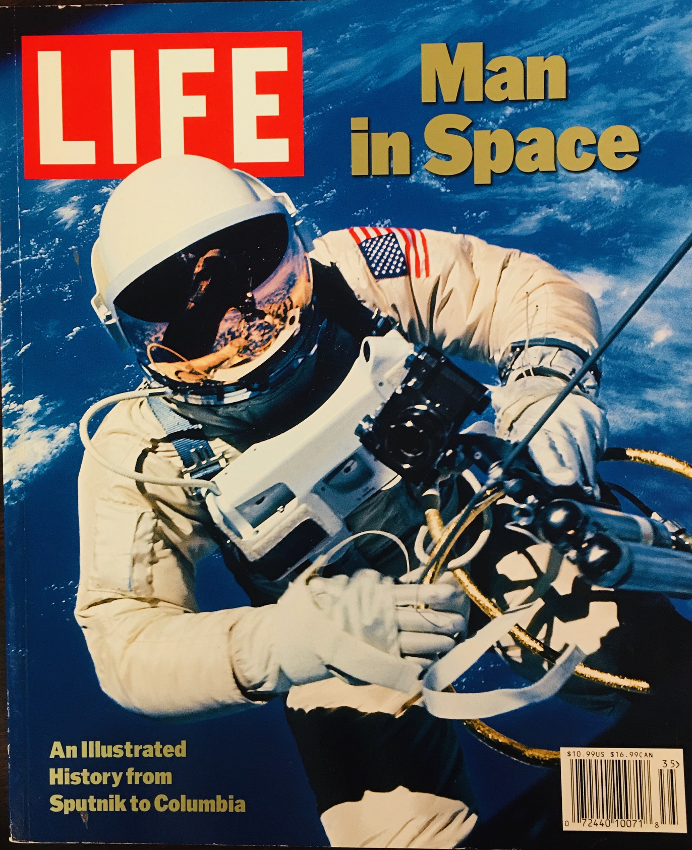 Image for Life: Man in Space : An Illustrated History from Sputnik to Columbia (Vol. 3 No. 3, March 17, 2003)